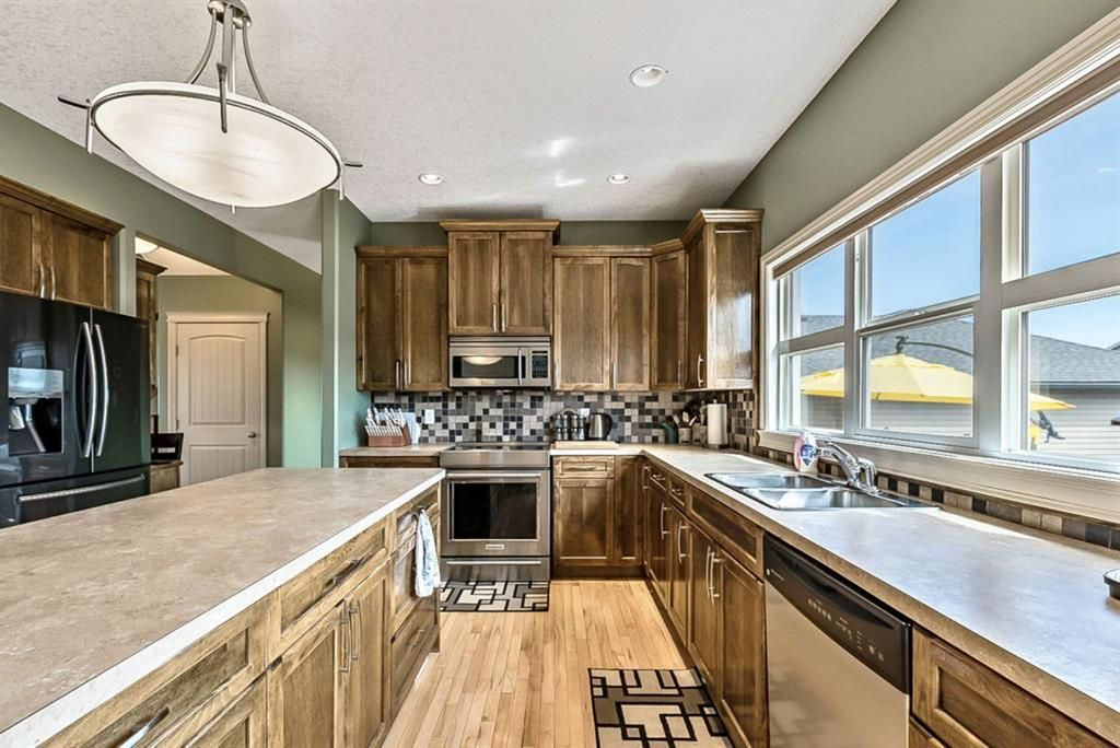 Main Photo: 1917 High Country Drive NW: High River Detached for sale : MLS®# A1103574