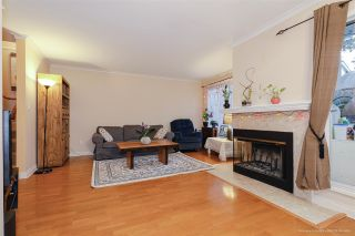 Photo 3: 4 10050 154 STREET in Surrey: Guildford Townhouse for sale (North Surrey)  : MLS®# R2524427
