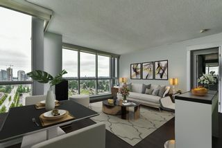 """Photo 5: 2202 10777 UNIVERSITY Drive in Surrey: Whalley Condo for sale in """"CITY POINT"""" (North Surrey)  : MLS®# R2564095"""