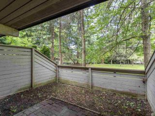 """Photo 4: 3953 PARKWAY Drive in Vancouver: Quilchena Townhouse for sale in """"ARBUTUS VILLAGE"""" (Vancouver West)  : MLS®# R2591201"""