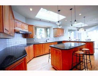 Photo 6: 1560 CHIPPENDALE Court in West Vancouver: Canterbury WV House for sale : MLS®# V797111