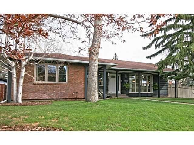 Main Photo: 1160 LAKE BONAVISTA Drive SE in CALGARY: Lake Bonavista Residential Detached Single Family for sale (Calgary)  : MLS®# C3617975