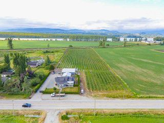 Photo 1: 32263 Harris Road in Abbotsford: House for sale : MLS®# R2385141