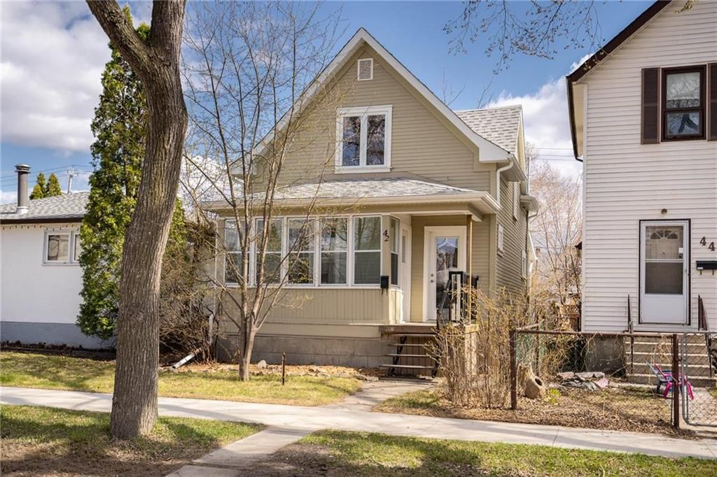 Main Photo: 42 Morley Avenue in Winnipeg: Riverview Residential for sale (1A)  : MLS®# 202110682