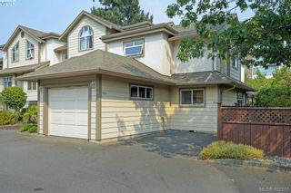 Photo 2: 100 710 Massie Dr in VICTORIA: La Langford Proper Row/Townhouse for sale (Langford)  : MLS®# 802610