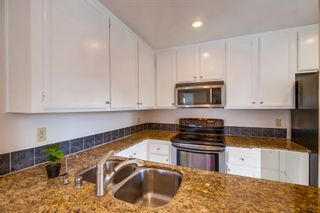 Photo 5: PACIFIC BEACH Townhouse for sale : 3 bedrooms : 4782 Ingraham in San Diego