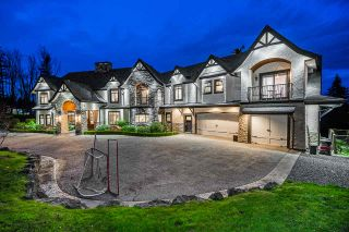 Photo 3: 31353 BROOKSIDE Avenue: House for sale in Abbotsford: MLS®# R2533059