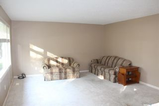 Photo 9: 308 2nd Avenue East in Lampman: Residential for sale : MLS®# SK824556