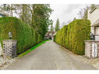 """Photo 2: 18102 CLAYTONWOOD Crescent in Surrey: Cloverdale BC House for sale in """"CLAYTON WEST"""" (Cloverdale)  : MLS®# F1438839"""