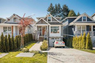 Photo 2: 15498 RUSSELL Avenue: White Rock House for sale (South Surrey White Rock)  : MLS®# R2568948