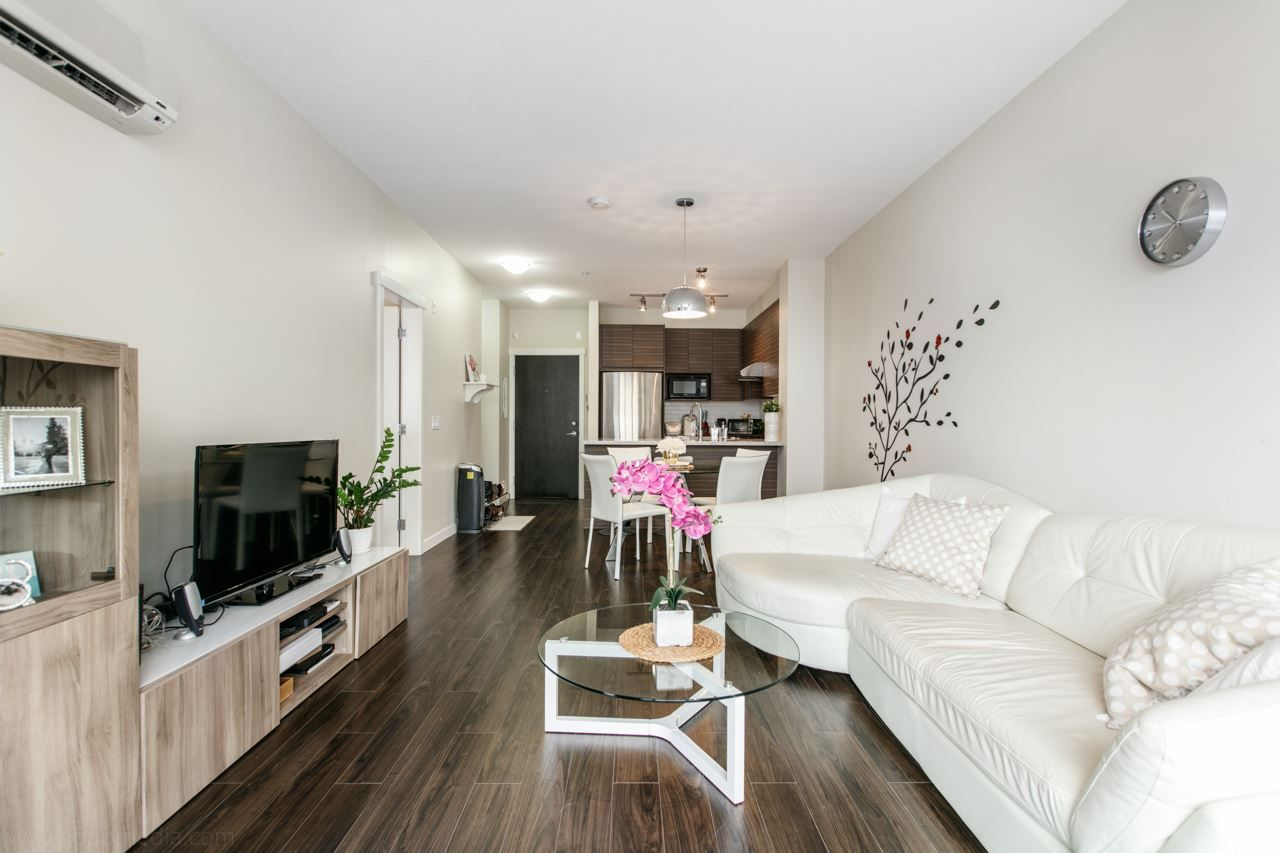 """Photo 3: Photos: 156 9388 MCKIM Way in Richmond: West Cambie Condo for sale in """"MAYFAIR PLACE"""" : MLS®# R2040447"""
