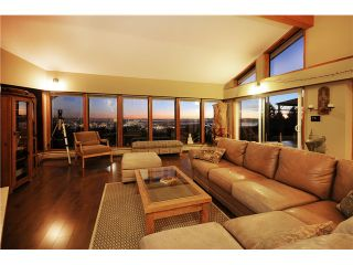 Photo 5: 237 RONDOVAL Crescent in North Vancouver: Upper Delbrook House for sale : MLS®# V1102155