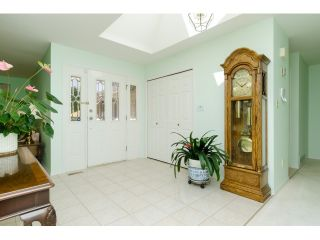 Photo 3: 12665 19A AV in Surrey: Crescent Bch Ocean Pk. House for sale (South Surrey White Rock)  : MLS®# F1444347