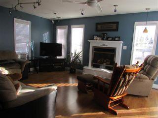 """Photo 4: 9207 108 Avenue in Fort St. John: Fort St. John - City NE House for sale in """"KEARNEY"""" (Fort St. John (Zone 60))  : MLS®# R2011187"""