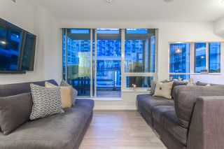 """Photo 5: PH615 161 E 1ST Avenue in Vancouver: Mount Pleasant VE Condo for sale in """"BLOCK 100"""" (Vancouver East)  : MLS®# R2195060"""