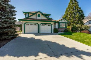 Photo 1: 14335 65 Avenue in Surrey: East Newton House for sale : MLS®# R2353406