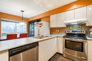 """Photo 12: 29 2723 E KENT Avenue in Vancouver: South Marine Townhouse for sale in """"RIVERSIDE GARDENS"""" (Vancouver East)  : MLS®# R2512600"""