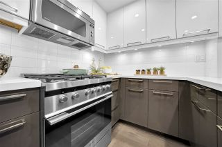 """Photo 3: 104 928 RICHARDS Street in Vancouver: Yaletown Townhouse for sale in """"The SAVOY"""" (Vancouver West)  : MLS®# R2459800"""