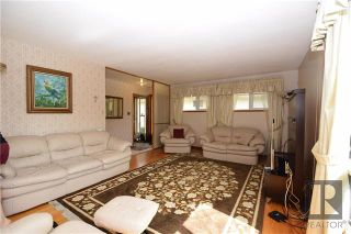 Photo 3: 259 Bruce Avenue in Winnipeg: Silver Heights Residential for sale (5F)  : MLS®# 1825140