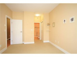 """Photo 7: 308 2655 CRANBERRY Drive in Vancouver: Kitsilano Condo for sale in """"NEW YORKER"""" (Vancouver West)  : MLS®# V1017086"""