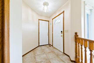 Photo 3: 45 Martinview Crescent NE in Calgary: Martindale Detached for sale : MLS®# A1112618