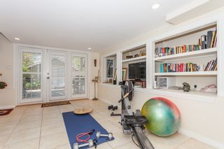 Photo 18: 15288 ROYAL Ave: White Rock Home for sale ()  : MLS®# F1442674