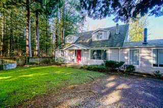 Photo 2: 1439 242 Street in Langley: Otter District House for sale : MLS®# R2558697