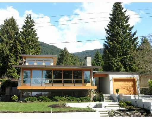 Main Photo: 772 HANDSWORTH Road in North Vancouver: Canyon Heights NV House for sale : MLS®# V698283
