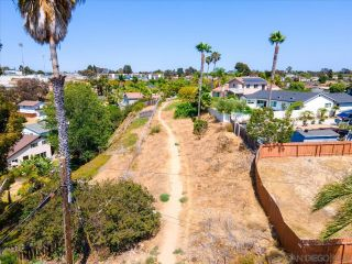 Photo 31: BAY PARK House for sale : 4 bedrooms : 3636 Mount Laurence Dr in San Diego