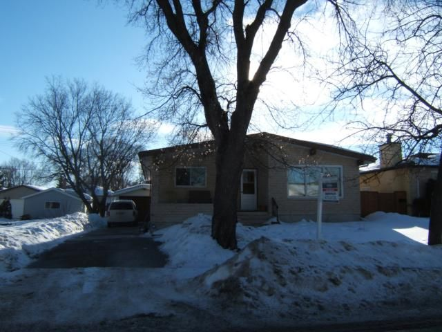 Main Photo: 726 SIMPSON Avenue in WINNIPEG: East Kildonan Residential for sale (North East Winnipeg)  : MLS®# 1102268