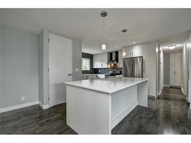 Photo 11: Photos: 448 CEDARPARK Drive SW in Calgary: Cedarbrae House for sale : MLS®# C4084629