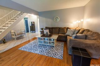 Photo 4: 70 Leddy Crescent in Saskatoon: West College Park Residential for sale : MLS®# SK734623