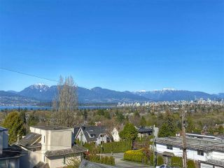 "Photo 1: 304 3639 W 16TH Avenue in Vancouver: Point Grey Condo for sale in ""The Grey"" (Vancouver West)  : MLS®# R2563201"