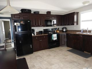 Photo 3: 495 32nd Street in Battleford: Residential for sale : MLS®# SK863151
