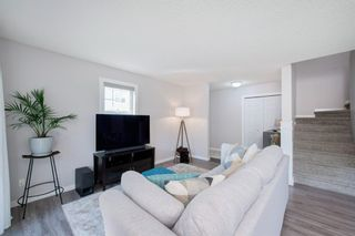 Photo 7: 1102 7171 Coach Hill Road SW in Calgary: Coach Hill Row/Townhouse for sale : MLS®# A1135746