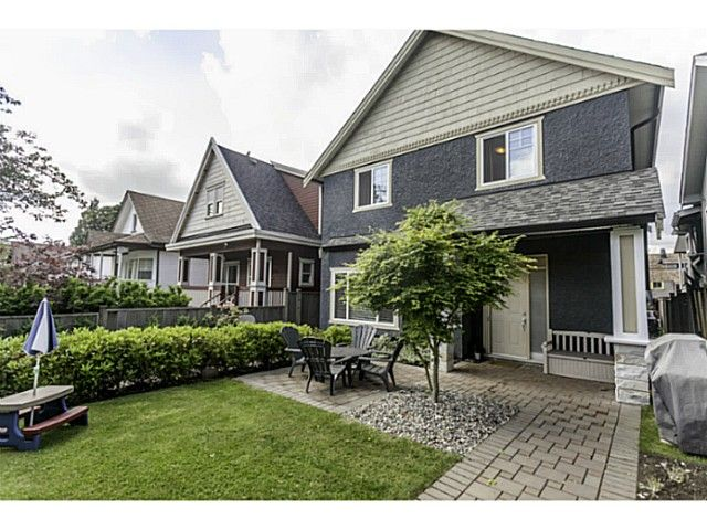 """Main Photo: 1447 E 21ST Avenue in Vancouver: Knight 1/2 Duplex for sale in """"Cedar Cottage"""" (Vancouver East)  : MLS®# V1066306"""