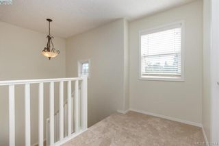 Photo 12: 14 Cahilty Lane in VICTORIA: VR Six Mile House for sale (View Royal)  : MLS®# 771497