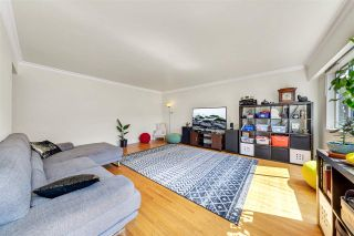 """Photo 4: 8 121 E 18TH Street in North Vancouver: Central Lonsdale Condo for sale in """"THE ROSELLA"""" : MLS®# R2486996"""