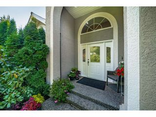 Photo 3: 16188 10A Avenue in Surrey: King George Corridor House for sale (South Surrey White Rock)  : MLS®# R2487184