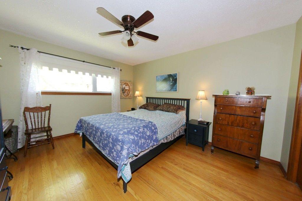 Photo 18: Photos: 105 Athlone Drive in Winnipeg: Grace Hospital Single Family Detached for sale (West Winnipeg)  : MLS®# 1516101