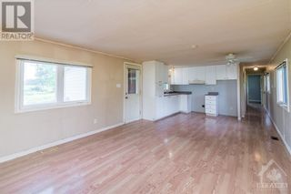 Photo 11: 870 CONCESSION 1 ROAD in Plantagenet: House for sale : MLS®# 1252126