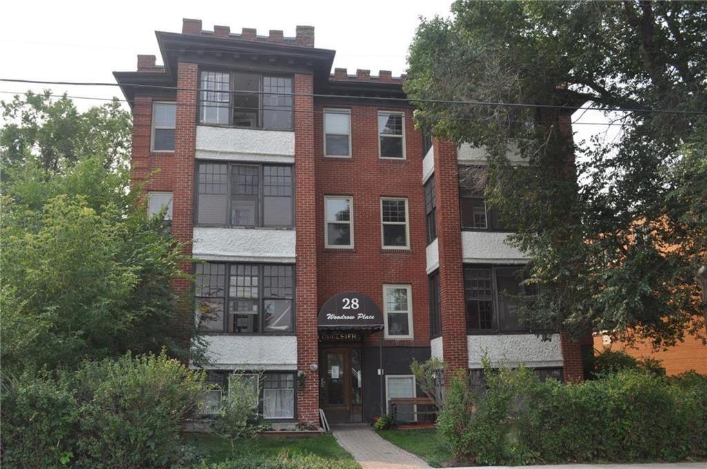 Main Photo: 10 28 Woodrow Place in Winnipeg: Wolseley Condominium for sale (5B)  : MLS®# 202120670