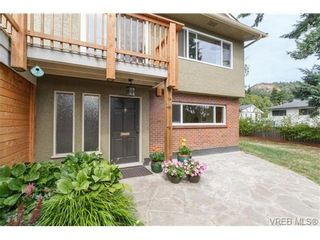 Photo 2: 4324 Ramsay Pl in VICTORIA: SE Mt Doug House for sale (Saanich East)  : MLS®# 737386