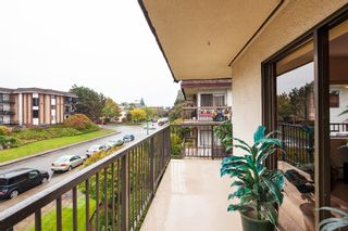 """Photo 15: 303 155 E 5TH Street in North Vancouver: Lower Lonsdale Condo for sale in """"WINCHESTER ESTATES"""" : MLS®# R2024794"""