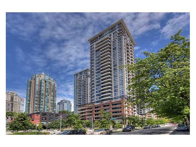 """Main Photo: # 1410 977 MAINLAND ST in Vancouver: Downtown VW Condo for sale in """"YALETOWN PARK 3"""" (Vancouver West)  : MLS®# V836705"""