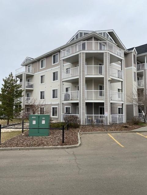 Main Photo: 302 4407 23 Street NW in Edmonton: Zone 30 Condo for sale : MLS®# E4240859