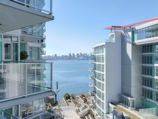 "Photo 13: 708 199 VICTORY SHIP Way in North Vancouver: Lower Lonsdale Condo for sale in ""TROPHY @ THE PIER"" : MLS®# R2445451"