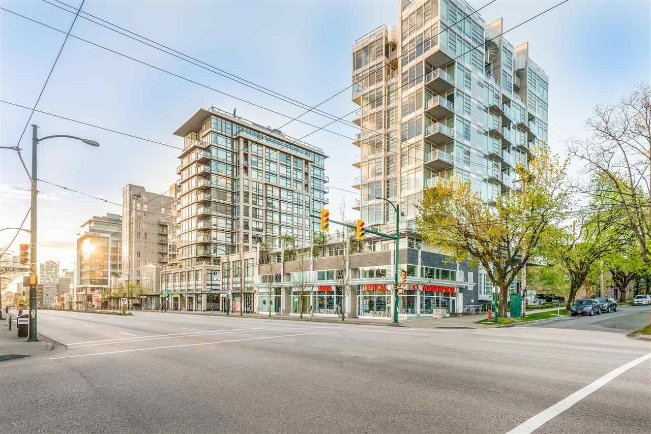 Main Photo: 1082-1092 W BROADWAY in Vancouver: Fairview VW Retail for sale (Vancouver West)  : MLS®# C8038029