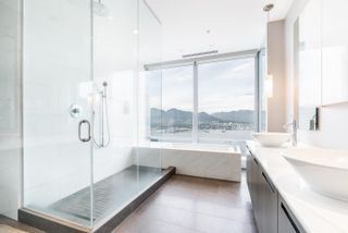 """Photo 10: 5802 1128 W GEORGIA Street in Vancouver: West End VW Condo for sale in """"LIVING SHANGRI-LA"""" (Vancouver West)  : MLS®# R2617267"""