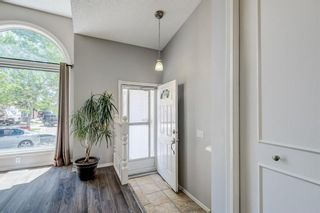 Photo 2: 339 Hawkhill Place NW in Calgary: Hawkwood Detached for sale : MLS®# A1125756